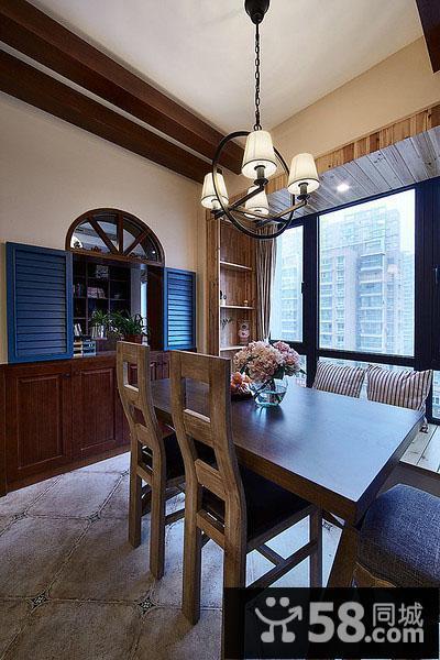 客厅木吊顶