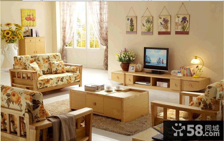 现代电视背景墙装饰图