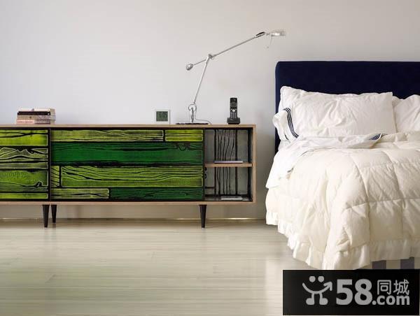 长方形卧室装修图