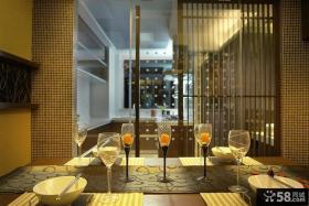室内餐厅餐桌玻璃杯图片