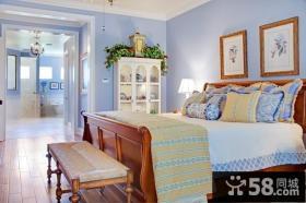 卧室实木床装修效果图片