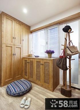 日式实木家具进门玄关效果图
