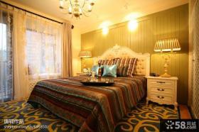 卧室床头木质背景墙效果图欣赏