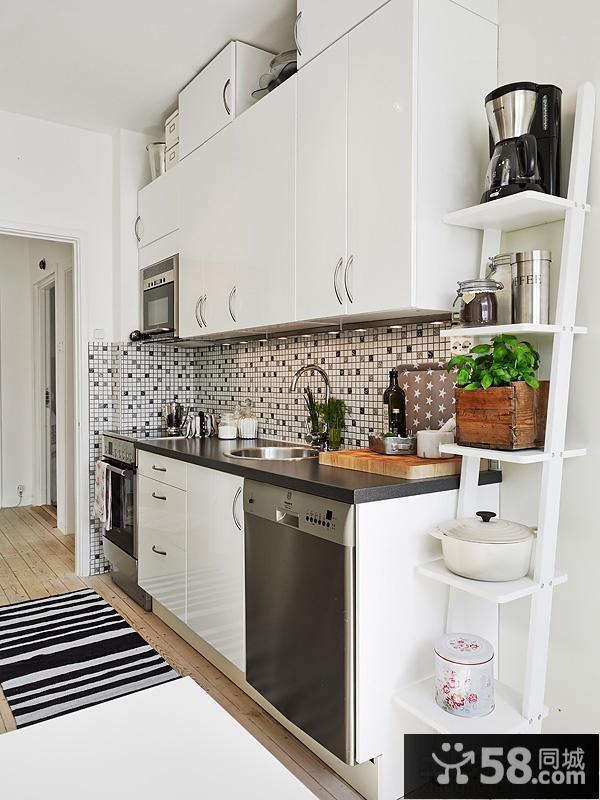 家居一字型厨房装修效果图片欣赏