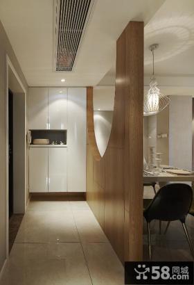 现代餐厅木质隔断装修