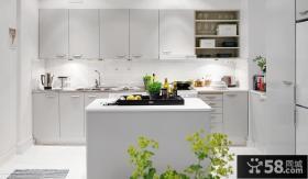 明亮简约北欧厨房装修图片