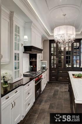 斜顶厨房吧台效果图