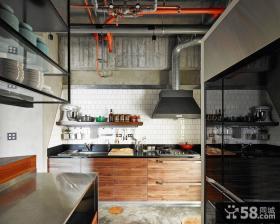 现代工业风厨房装潢设计
