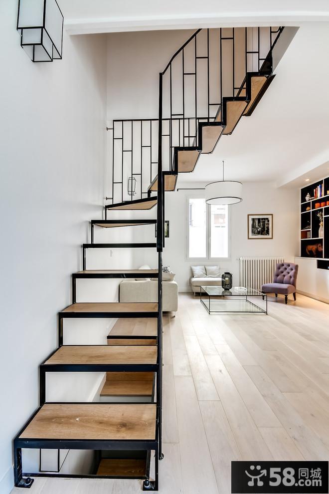 楼梯底部装饰