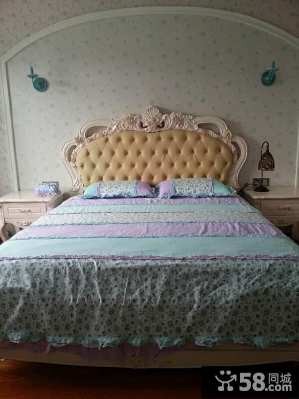 卧室壁纸的贴法