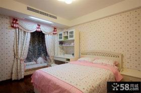 温馨卧室飘窗窗帘图片