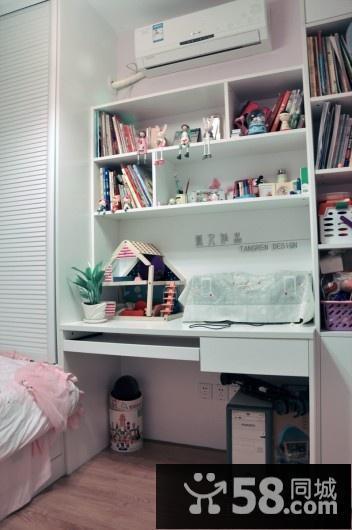 小军卧室的墙壁灯图片欣赏