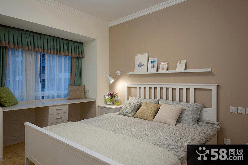 温馨简约式卧室效果图
