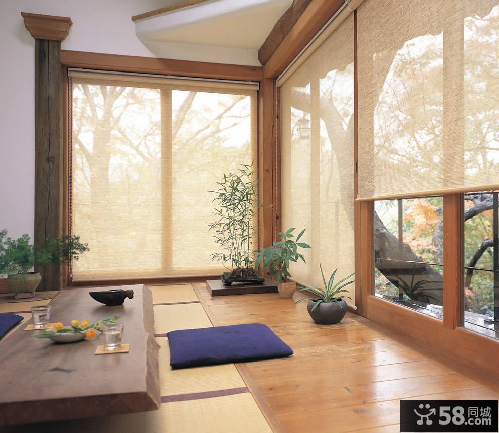 小户型客厅背景墙装饰图